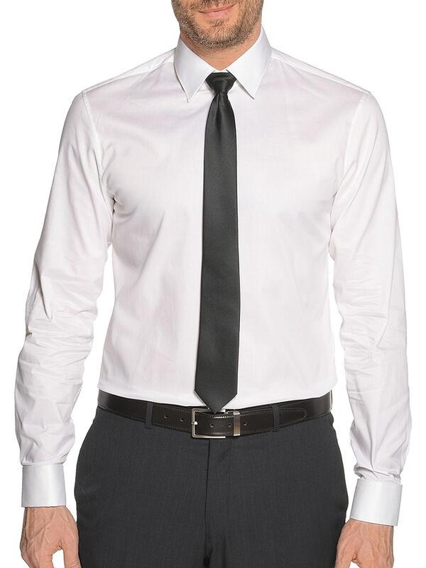 Slim-Fit Shirt + Tie