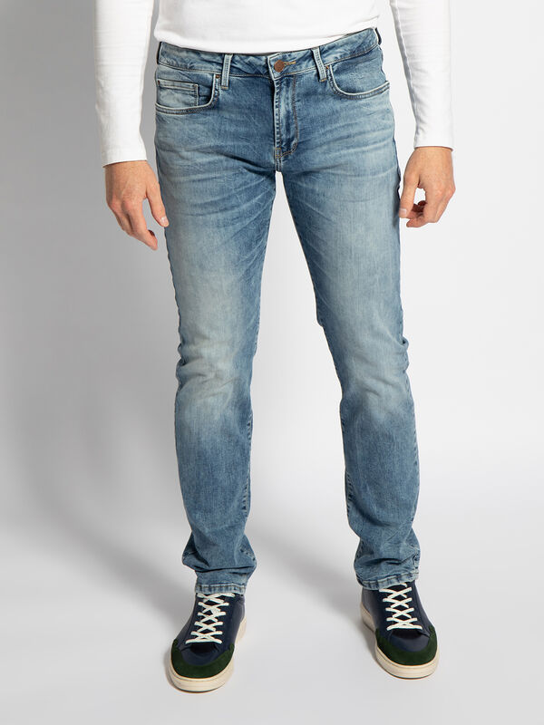 Saint Jeans